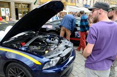 Ford Mustang Race Royalty-vrije Stock Afbeeldingen