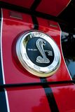 Ford-Mustang Shelby Kobraemblem Lizenzfreies Stockbild