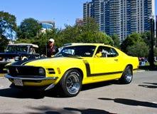 Ford Mustangframstickande 1970 302 Arkivfoton