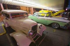 1957 Ford och klassiska bilar Arkivfoton