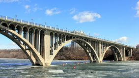 Ford Parkway Bridge across Mississippi river stock image