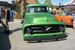 Ford Pickup Hot Rod V8 Fotografering för Bildbyråer