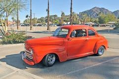Ford Sedan abaixado Foto de Stock Royalty Free