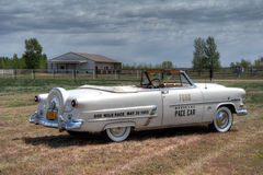 Ford Sunliner Convertible Pace Car 1953 Royaltyfria Foton