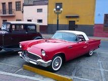 Ford Thunderbird小轿车,利马的第一代 库存照片
