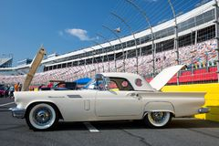 1957年Ford Thunderbird 免版税库存照片