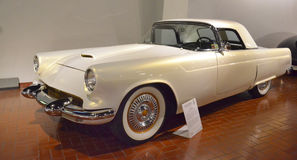 1955年Ford Thunderbird 图库摄影