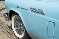 Ford Thunderbird klassisk bildetalj Arkivfoto