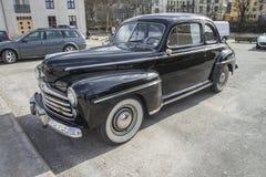 1948 Ford 899A Toppen De Luxe Kupé Arkivbilder