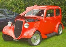 Ford viejo coche del salón de 10 caballos de fuerza. Imagenes de archivo