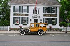 Ford Woodie (1931) Griswold gästgivargård Royaltyfria Bilder