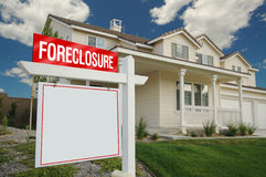 Foreclosure Sign and House Royalty Free Stock Photos