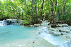 Forest Waterfall profondo in Tailandia Fotografia Stock