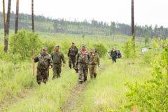Foresters i lasów inspektorzy w Syberyjskiej tajdze Obrazy Royalty Free