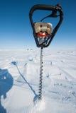 Foreuse de glace de puissance photographie stock