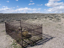 Forgotten gravesite in the desert Royalty Free Stock Photo