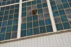 Fori di pallottola in capannone storico 79, Pearl Harbor Fotografie Stock