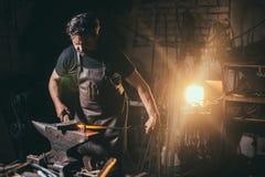 Forja, trabalho do ` s do ferreiro, metal quente Foto de Stock Royalty Free