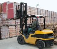 Forklift ładowacza pracownik Zdjęcie Royalty Free