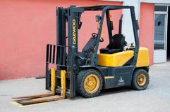 Forklift της Daewoo αυτοκίνητο Στοκ εικόνα με δικαίωμα ελεύθερης χρήσης