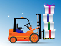 Forklift com caixa. Fotos de Stock Royalty Free