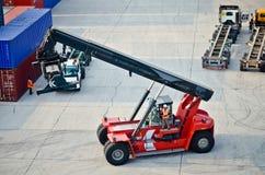 Forklift do recipiente Imagem de Stock Royalty Free