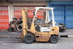 Forklift velho Imagem de Stock Royalty Free