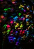 Form för paraplyet för nattljusbokeh, defocused bokeh tänder, blurr Royaltyfria Bilder