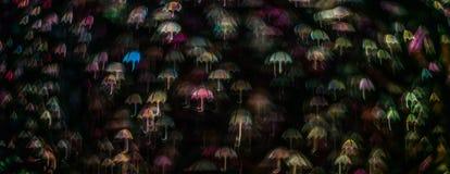 Form för paraplyet för nattljusbokeh, defocused bokeh tänder, blurr Royaltyfria Foton