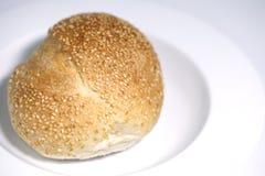 form för smörgås för bullehjärta rund Arkivfoton