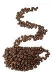 Form von Cup gebildet mit Kaffeebohnen Lizenzfreie Stockfotos