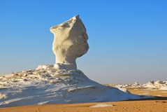A formação da pedra calcária no deserto branco Sahara Egypt fotos de stock