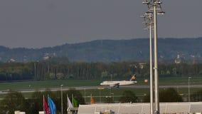 Formação de Lufthansa no aeroporto de Munich, MUC