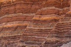 Formação de pedra que mostra linhas de falha Fotos de Stock