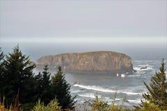 Formação de rocha da cabeça do ` s da baleia Foto de Stock Royalty Free