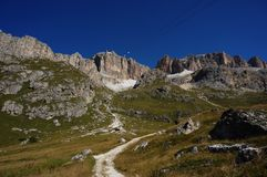 Formação de rocha da montanha de Massiv no grupo do sella em Tirol sul Fotografia de Stock Royalty Free