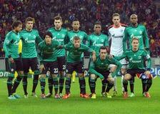 Formação de Schalke 04 antes do jogo da liga de campeões de UEFA Fotografia de Stock