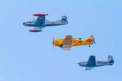 Formação de três aviões do FIO Fotografia de Stock