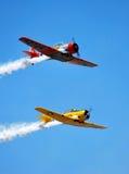 Formação do Texan T-6 no vôo foto de stock royalty free