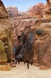 Formações de rocha coloridas de PETRA em Jordânia Fotografia de Stock