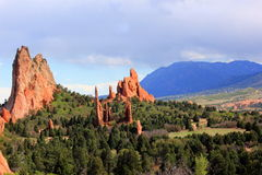Formações de rocha vermelhas no jardim dos deuses fotografia de stock royalty free