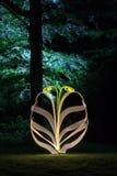 Forma abstracta de la luz-pintura en bosque Fotografía de archivo libre de regalías