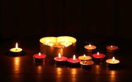 Forma ardente do coração da vela Imagens de Stock Royalty Free