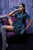 Forma atractiva hermosa del cuerpo de la muchacha del vestido de la colección de la ropa de la mujer Fotos de archivo
