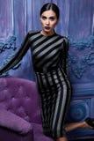 Forma atractiva hermosa del cuerpo de la muchacha del vestido de la colección de la ropa de la mujer Foto de archivo