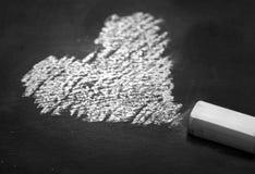 Forma bianca del cuore del disegno di gesso Fotografie Stock