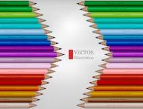 A forma da seta do arco-íris coloriu lápis no fundo branco fotos de stock royalty free