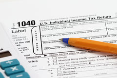 Forma de impuesto Imágenes de archivo libres de regalías