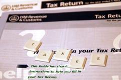 Forma de impuestos Imágenes de archivo libres de regalías