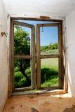Forma de la visión una ventana vieja Imágenes de archivo libres de regalías